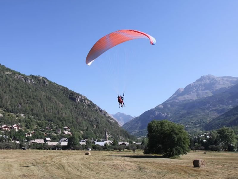 Paragliding over Vallouise