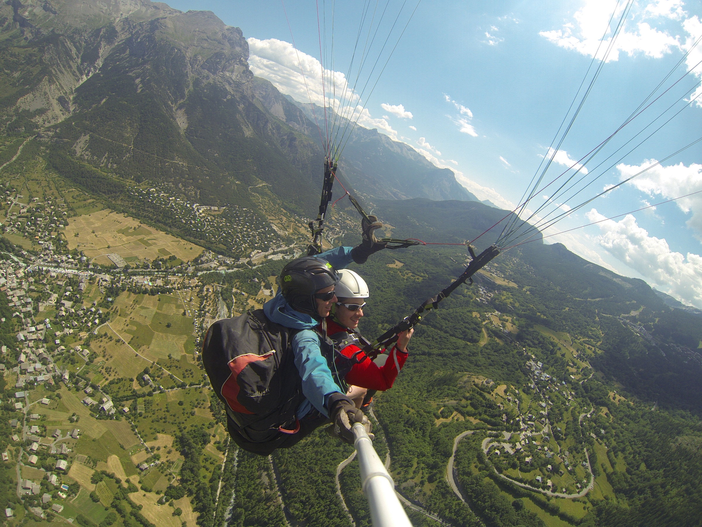 Tandem Paragliding Vallouise