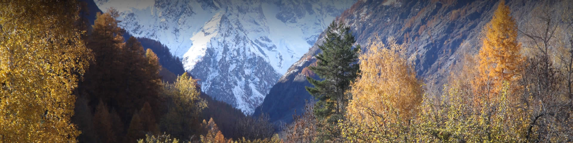 Autumn holidays in the French Alps - get the best accommodation at Alpbase.com