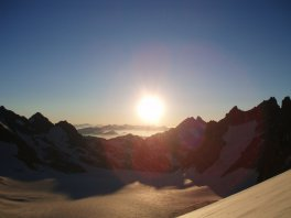 sunrise on glacier blanc